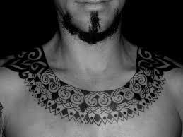 nice hawaiian necklace tattoo for men collarbone tattoobite com