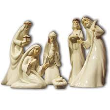 Home Interiors Nativity by Amazon Com Porcelain Nativity Set Kitchen U0026 Dining