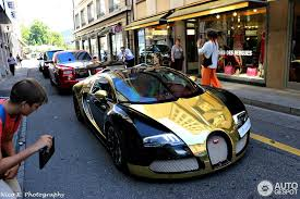 bugatti gold and gold bugatti veyron spotted in geneva sssupersports com