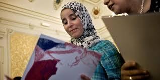 demande de naturalisation par mariage manuel valls veut faciliter l acquisition de la nationalité française