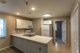One Bedroom Apartments In Carbondale Il Wedgewood Hills Carbondale Il Apartment Finder