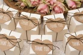 popular wedding favors top 10 wedding favors everyone will welcome jjshouse