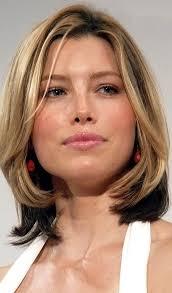 shoulder length hairstyke oval face best medium length hairstyles for oval faces medium hairstyles