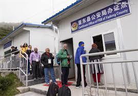 tibetan bureau office indian pilgrims enter china s tibet via nathu la pass xinhua