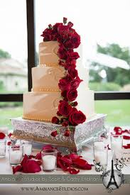 wedding cakes wi high end wisconsin wedding cakes