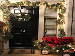 christmas decoration ideas for apartments apartment porch christmas decorating ideas best ideas about