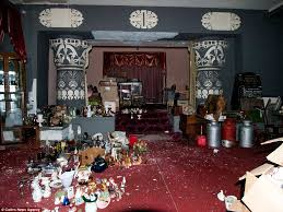 funeral homes in cleveland ohio johnny joo s haunting pictures of the house of wills an