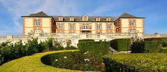 domaine carneros about chateau between napa valley and
