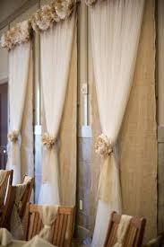 wedding backdrop tulle 14 stunning wedding backdrops linentablecloth