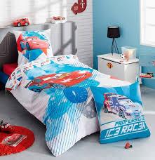 chambre enfant cars collection de linge de lit pour enfants cars disney