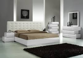 white queen bedroom set for apartment white lacquer slide door