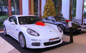 maroon porsche photos porsche club singapore celebrates the festive season at
