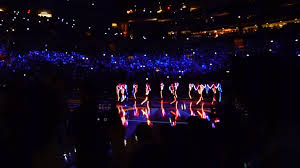 Light Up Costumes Led Light Up Costumes Create Visual Excitement For The Ny Knicks