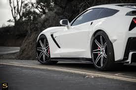 white c7 corvette c7 corvette sv58c white black carbon fiber 15 savini wheels