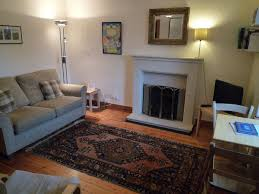 livingroom edinburgh greyfriars flat 6 quiet edinburgh city centre retreat 861330