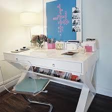 lucite desk design ideas