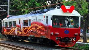 Kereta Api Banjir Di Cirebon Jalur Kereta Api Di Utara Sudah Bisa Dilintasi