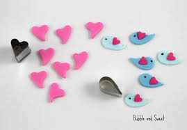 bubble and sweet love is in the air cake pops with cute birds and
