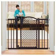 Summer Infant Banister Gate Baby Gates The Best Retractable Baby Gate Of 9 Best Tall Baby