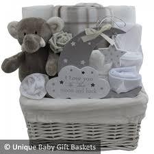 Baby Shower Baskets The 25 Best Baby Hamper Ideas On Pinterest Baby Shower Baskets