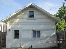 apartment unit carriage house at 515 1 2 s fess avenue