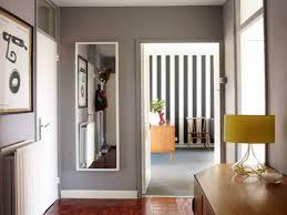 bilder f r den flur kreative ideen fr flur verzaubern graue wandfarbe flur wohndesign