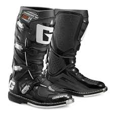 black moto boots gaerne sg 11 boots revzilla