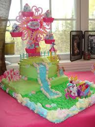 my pony birthday ideas 86850de858f1fa96ab10266fc3b872a6 jpg 736 981 kids party ideas