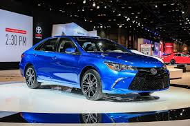 stanced toyota camry refreshing or revolting 2018 toyota camry motor trend