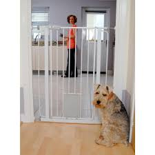 Munchkin Pet Gate Bettacare Extra Tall Pet Gate With Cat Flap