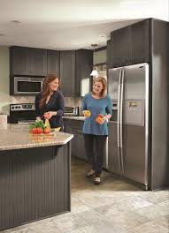 kitchen schuler cabinets reviews latitude cabinets lowes