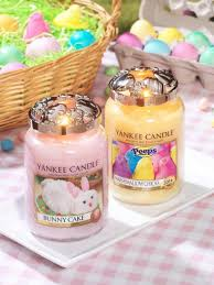 themed candles giveaway win a themed yankee candle prize pack