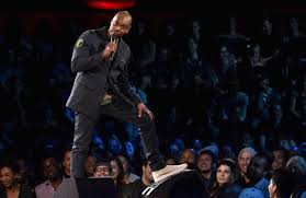 Hit The Floor Netflix - dave chappelle u0027s intimate new netflix specials are brilliant