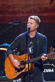 cassidy bentley marathon sidetrack dierks bentley bill belichick ben affleck and more