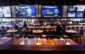 Sports Bar Floor Plan by Best View So Many Screens Upscalse Sports Pub Pinterest