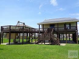 Beach Houses On Stilts by Crystal Beach Real Estate Homes For Sale Realtyonegroup Com