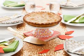 The Best Way To Put by The Best Way To Serve A Pie At Your Friendsgiving Dinner Brit Co