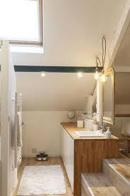 salle de bain dans chambre sous comble salle de bain optimisée inspiration coup de coeur côté