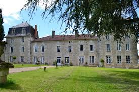 chambre d hote en charente chambres d hôtes au château sainte catherine à montbron gîtes de