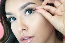 apply false lashes like a pro in 4 easy to follow steps icona lashes