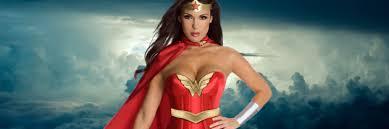 Woman Superhero Halloween Costumes 10 Epic Female Superheroes Halloween Costume Ideas