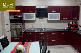 cuisine noir cuisine beige et noir free cuisines en blanc best deco con