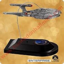 2002 uss enterprise trek hallmark ornament