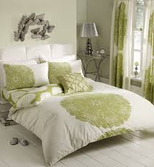 Green Bed Sets Green Duvet Cover Simple Bedroom Ideas With Parrot Green