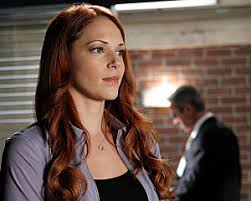 blond hair actor in the mentalist the mentalist s amanda righetti confirms exit teases surprise