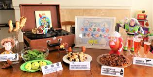 thanksgiving friends you u0027ve got a friendsgiving with me a toy story thanksgiving the