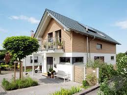 Haus Kaufen Schl Selfertig Ein Holzhaus Bauen Preise Anbieter Infos Fertighaus De