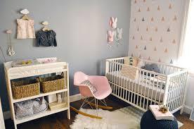 quand mettre bébé dans sa chambre comment aménager la chambre de bébé cocon de décoration le