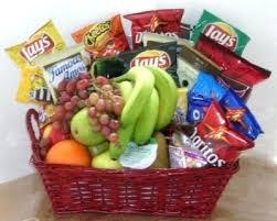 fruit basket ideas christmas fruit baskets christmas fruit baskets ideas earthdeli