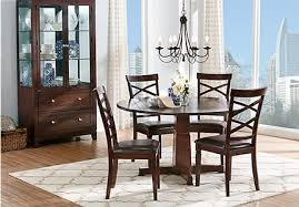 tips for how to choose the perfect dining rooms table size